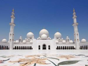 Die Sheik Zayed Moschee in Abu Dhabi